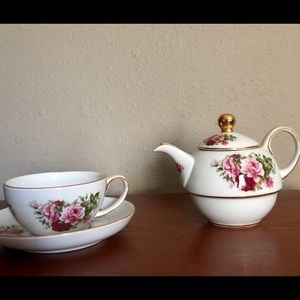 Rose Tea Set for One